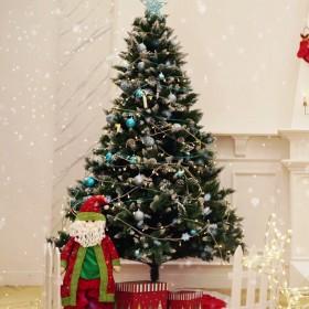 Weihnachtsbaum Tannenbaum für Weihnachten-Dekoration mit Schnee (120 cm - 210 cm)